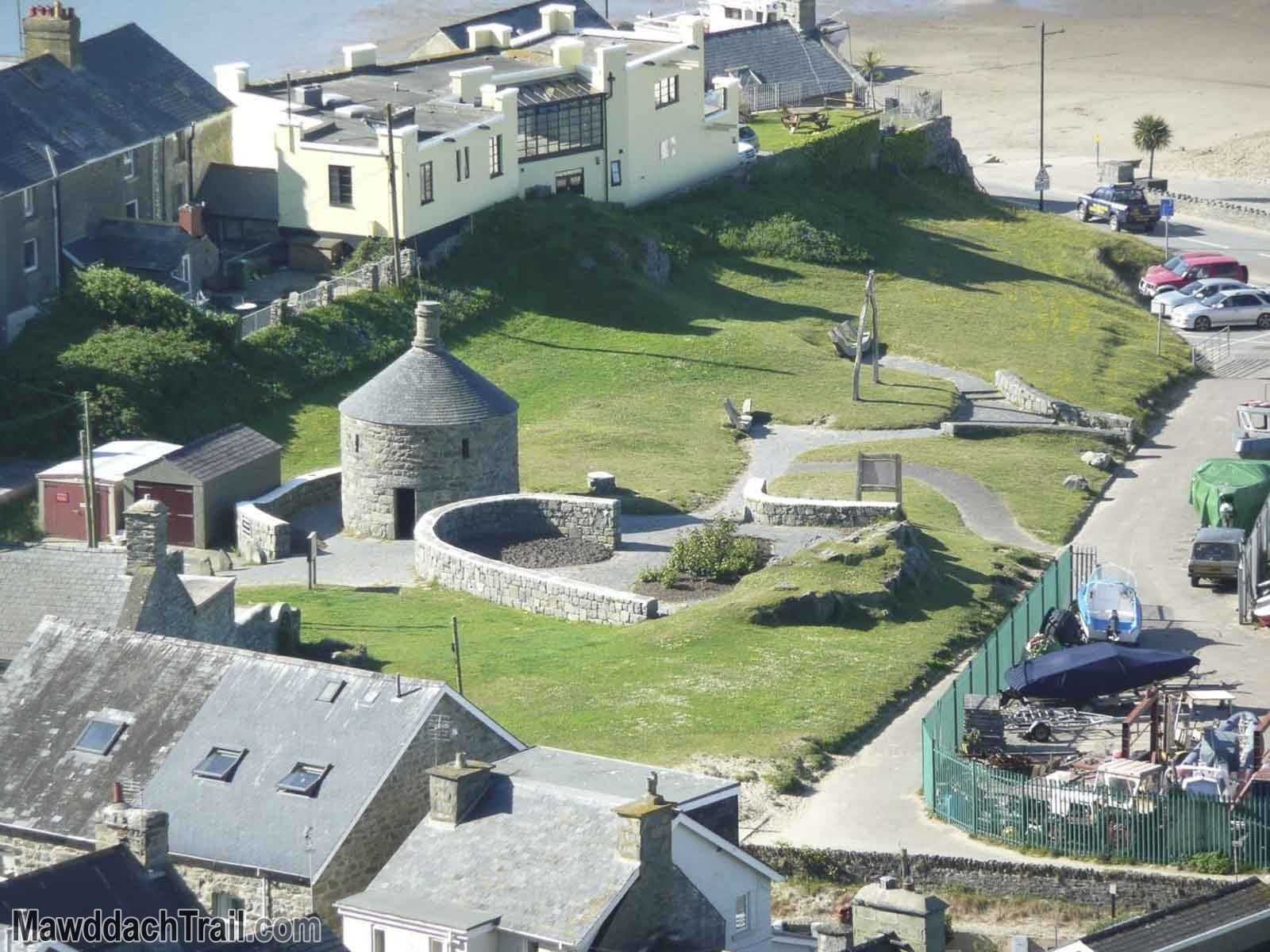 Barmouth Round House from the Hills Around Dinas Oleu
