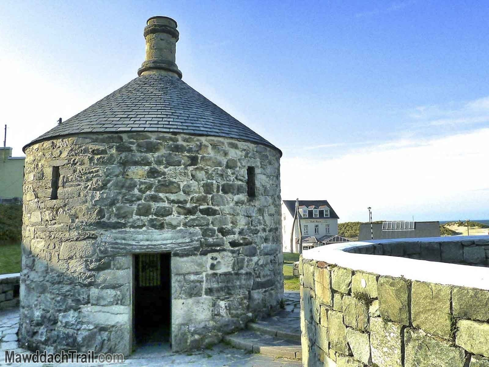 The Barmouth Round House