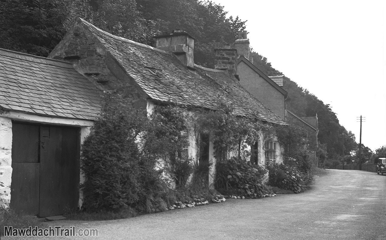 Arthog Cottage in the 1930s