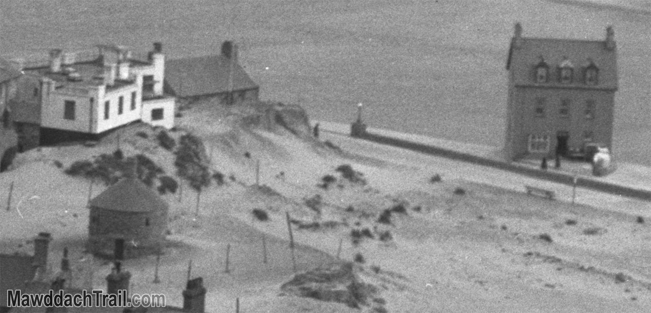 Barmouth from the Hills in the 1930s (Close-Up)